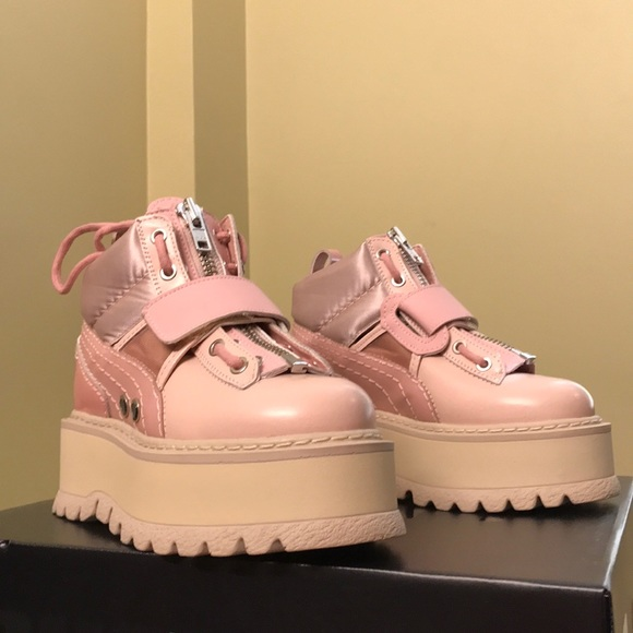 save off 5fec1 8986e FENTY Puma Women's Strapped Platform Sneaker Boots NWT